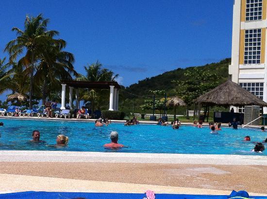 Hesperia Isla Margarita: Poolside view