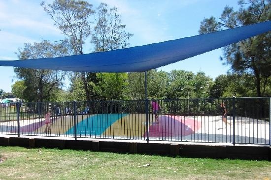 Caloundra Waterfront Holiday Park - Jumping pillow