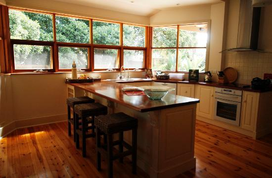 Birks Harbour - Boathouse & Birks River Retreats: River Retreat kitchen with all mod cons