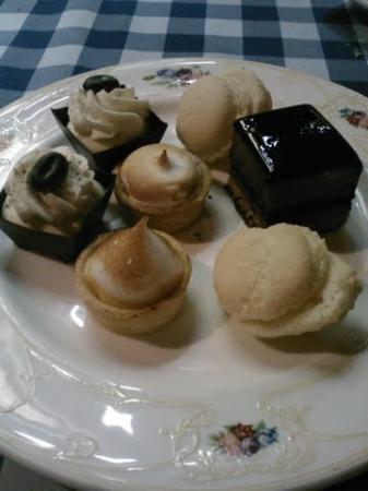 Ship Tavern: 5280 Dessert