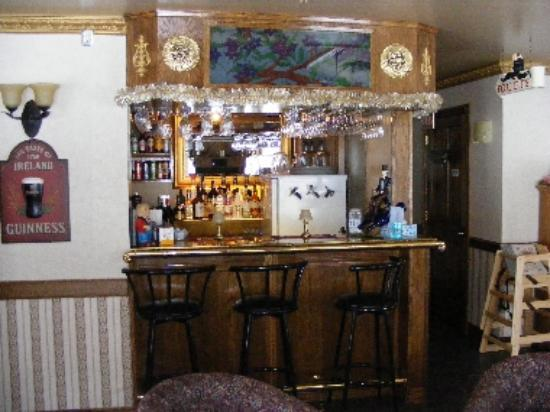 Tanner's Inn & Dining: their bar