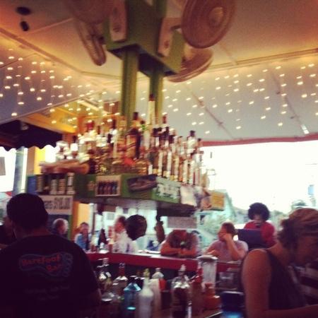 Barefoot Bar: we were well taken care!