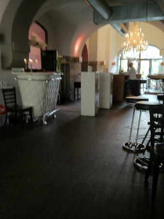 Coucou: Bar Bereich