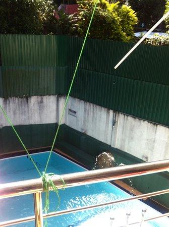 Hotel Sunrich: Pool view