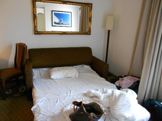 Jerusalem Gold Hotel: Extra bed in triple room