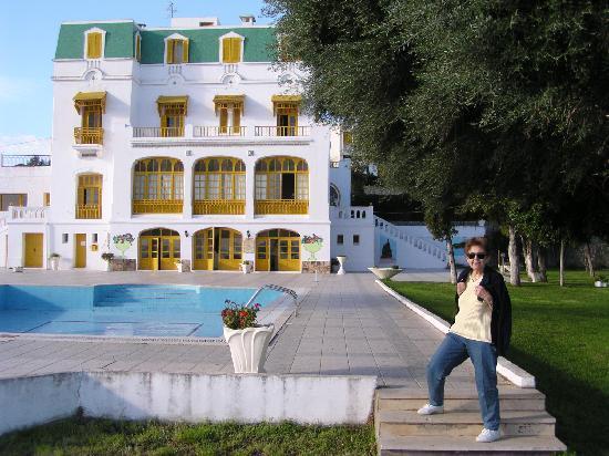 Les Mimosas : Hotel & garden  terrace