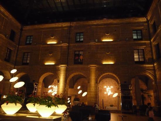 Hotel Los Agustinos: claustro