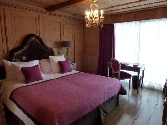 Hotel Mont-Blanc: Junior Suite rez de jardin- Chambre