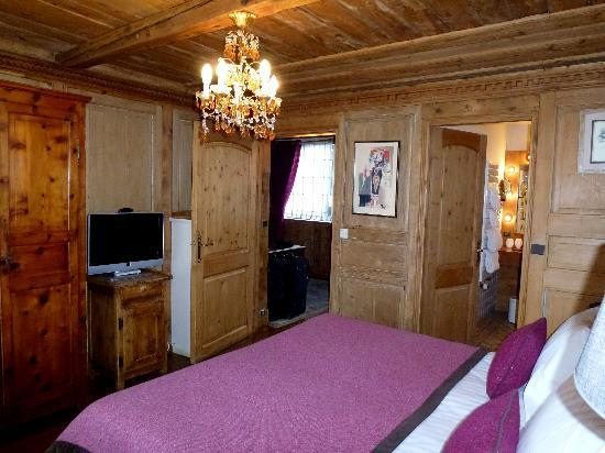 Hotel Mont-Blanc : Chambre