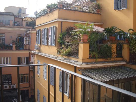 Condotti Palace: Terrace Views