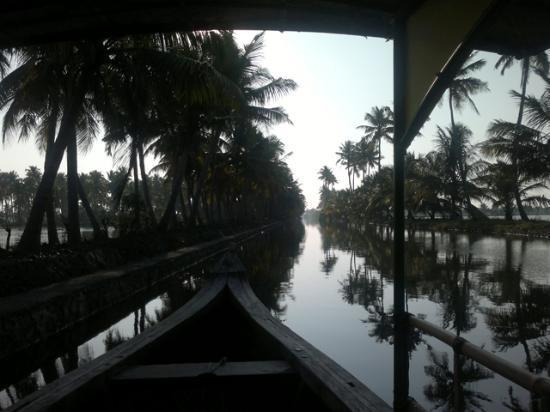 Breeze Backwater Homes: Boat Ride
