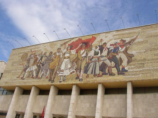 Skanderbeg Square: skanderbeg-platz