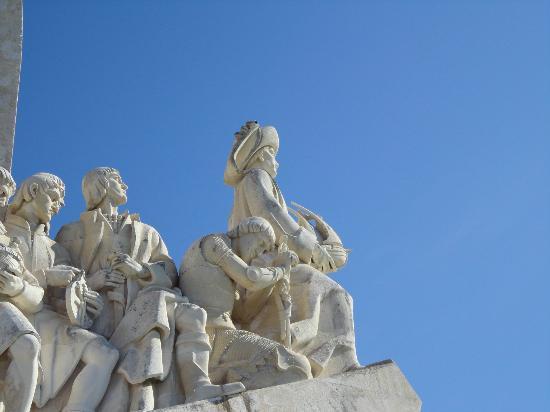 Padrão dos Descobrimentos: la statua di Enrico il Navigatore