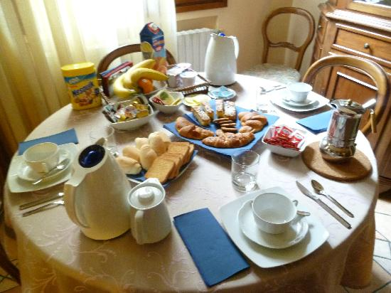 Alle Fondamente Nuove: the breakfast table