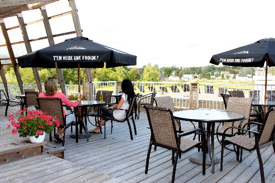 Quality Inn Mont Laurier: Terrasse