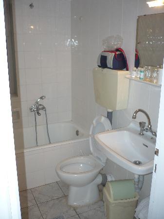 Hotel Nefeli: bagno