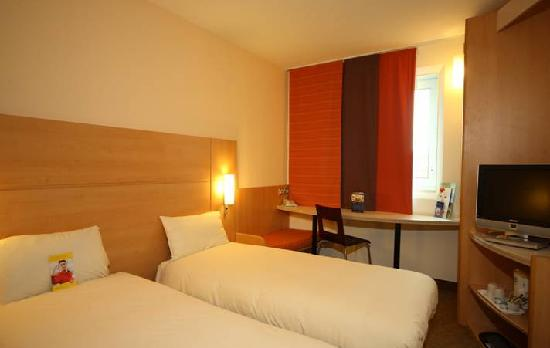 Ibis Leeds Centre: Twin room