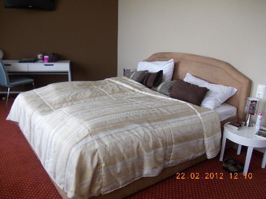 Tea Vienna City Hotel: the bed