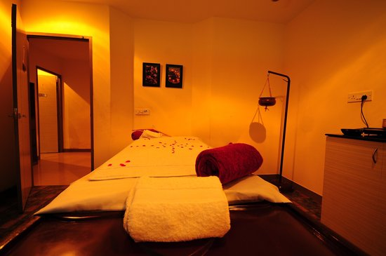 Blue Terra Spa Noida: Blue Terra Spa Therapy Bed