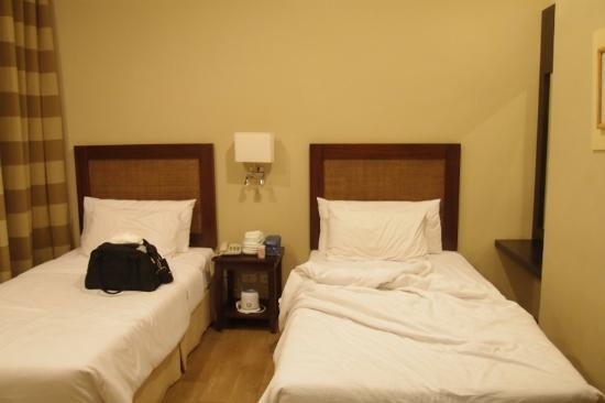 Summit Ridge Tagaytay: The 2nd BR of the 2 BR suite