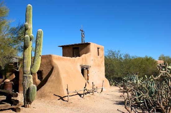 Sonesta ES Suites Tucson: DeGrazia Gallery In the Sun