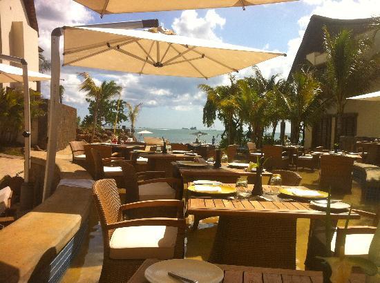 Angsana Balaclava Mauritius: Pool Restaurant