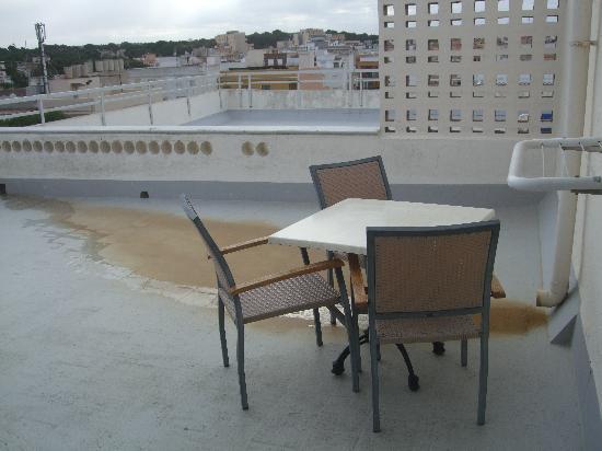 Hotel Ayron Park: Detalle de la terraza