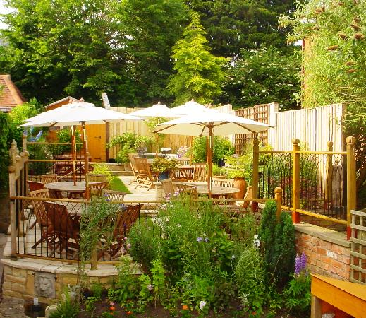 Todenham, UK: Dogs are welcome in bar area & the terraced garden