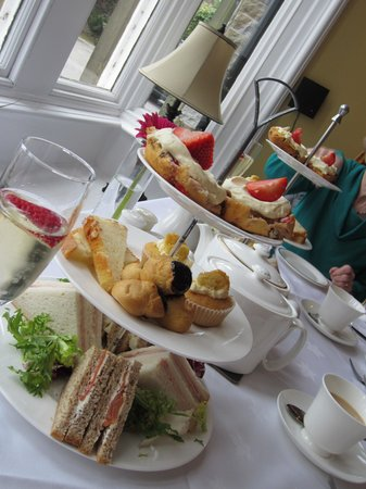 The Drawing Room: Afternoon tea
