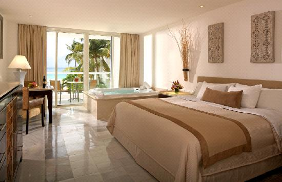 Playacar Palace: Room