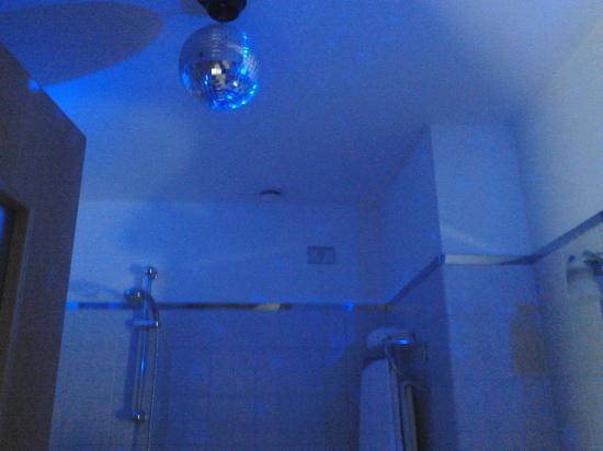 Hotel Franklin Feel The Sound: il bagno!!!