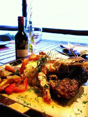 African Peninsula Restaurant: Surf & Turf