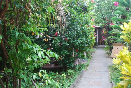 Hotel Kekoldi Granada: jardin