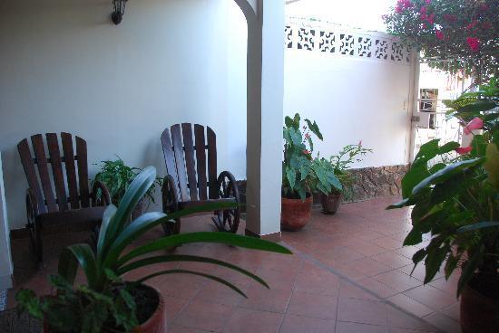 Hostal Don Guillermo: patio exterieure
