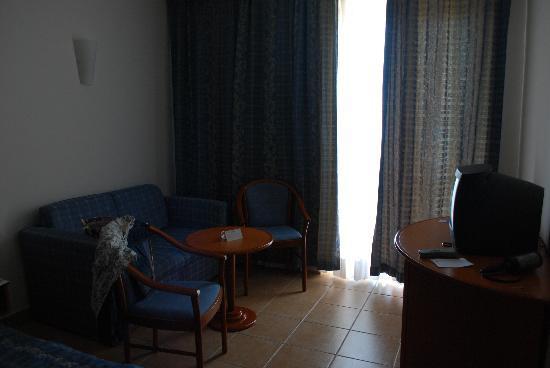 Bluesun Hotel Marina: Room