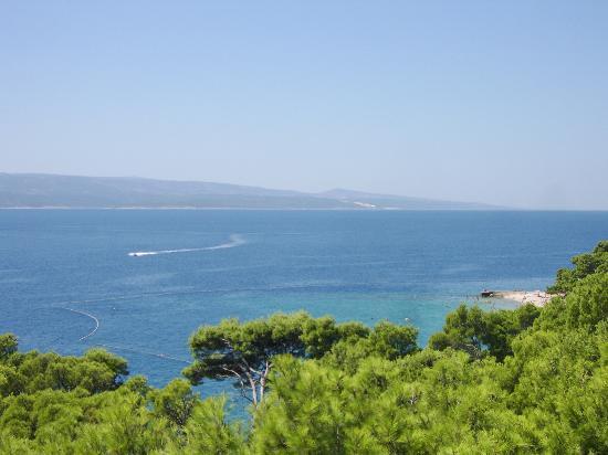 Bluesun Hotel Marina: Punta Rata beach, view from the room