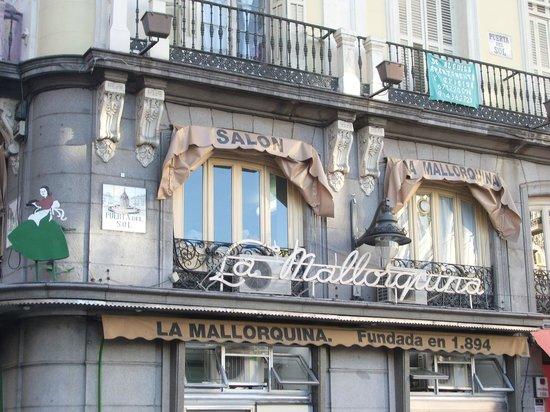 La Mallorquina : Fachada del local.
