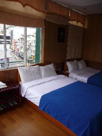 Golf 2 Hotel Dalat : room