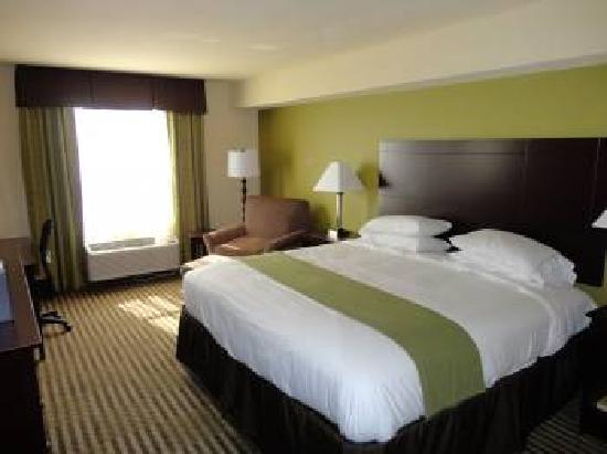 Holiday Inn Express Sarasota I-75: King Leisure Holiday Inn Express Sarasota East