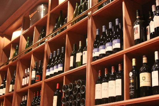 O Chateau - Wine Tasting: Beautiful scenery!