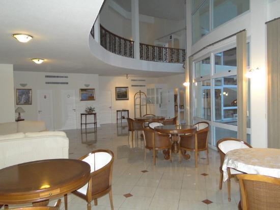 Parque Hotel Jean Clevers : interior impecável