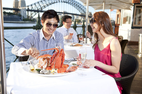 Sydney Cove Oyster Bar: Amazing Location