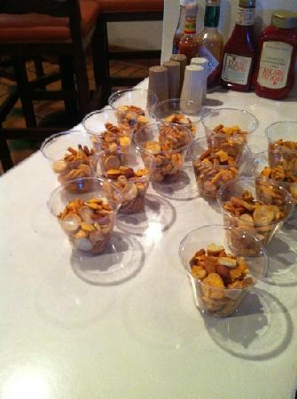 Oxford Suites Pismo Beach: snacks