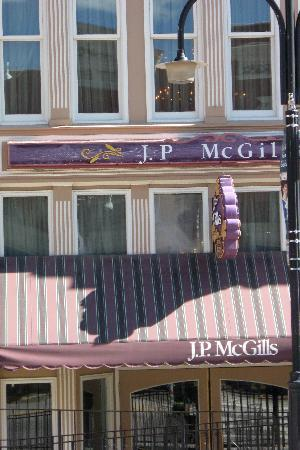 McGills Hotel and Casino: JP McGills