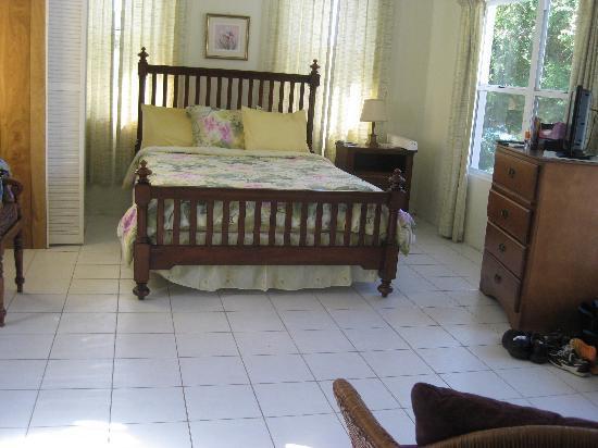 The Sea Crest Inn: our room