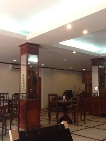 Pilgrim's Cafe: pilgrim