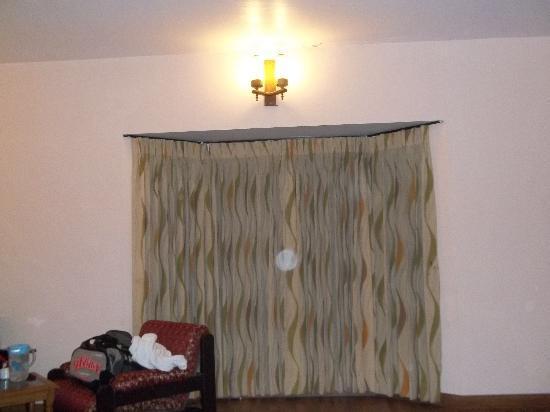 Hotel Blue Bird: Hotel Room