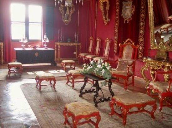 Valldemossa, Španielsko: der rote Salon