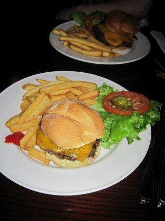 Hard Rock Cafe Paris: Cheeseburgers