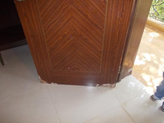 Nitya Resort: door super deluxe room